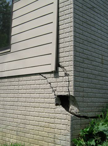 severe cracking of structural walls in Oshawa