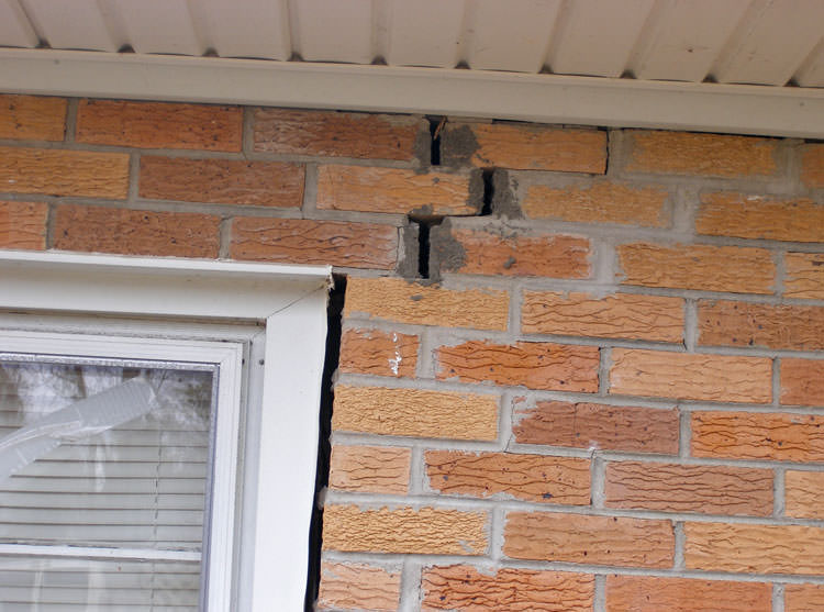how to fix leaking foundation wall from inside